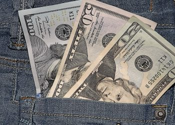 джинса долари