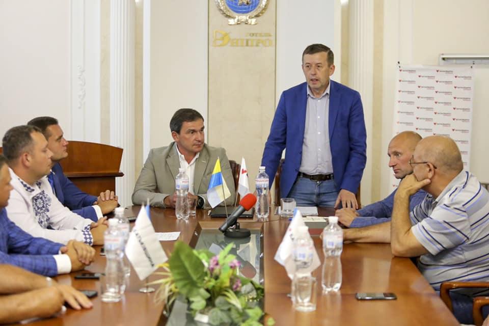 Віктор Олійник Батьківщина Волинська обласна рада депутат