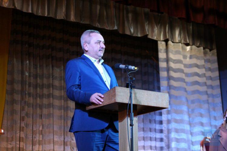 Віктор Хиць Володимир-Волинська райрада зарплата