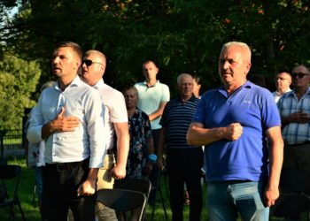 Народний депутат Ігор Гузь та Віктор Хиць (справа). Фото  з офіційної сторінки нардепа у Facebook