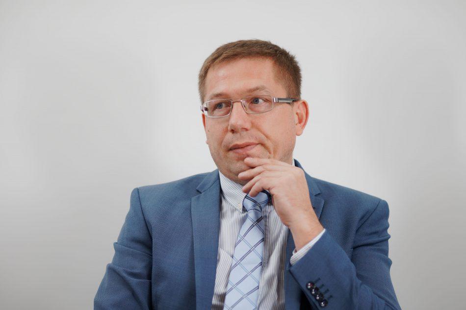 заступник Міністра захисту довкілля та природних ресурсів України Олександр Краснолуцький
