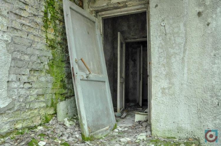 Двері дитячого садка у Прип'яті
