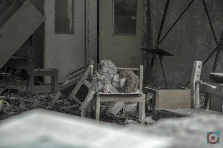 Іграшки у покинутому дитячому садку у Прип'яті