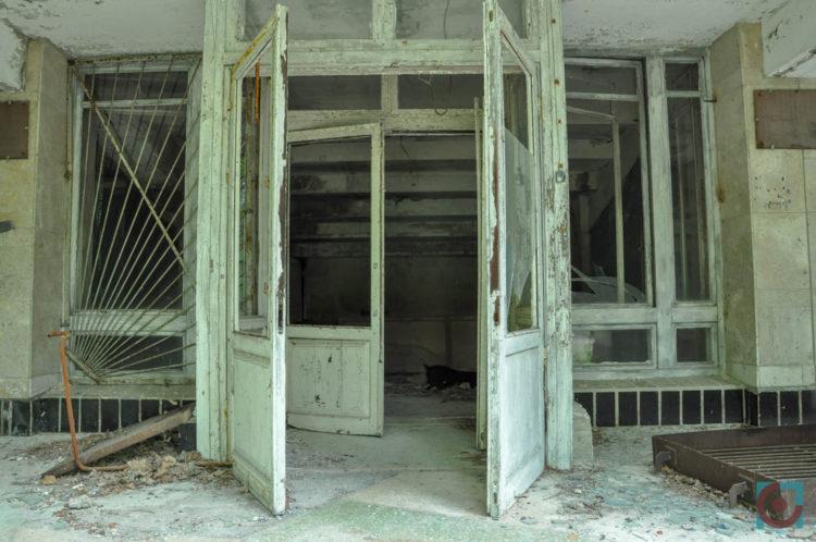 Всі двері у Прип'яті відчинені