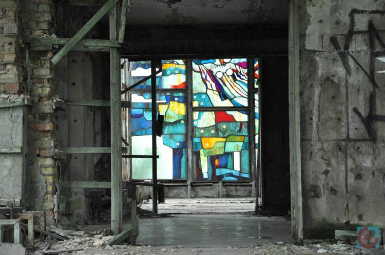 Вітраж, річний вокзал, Чорнобиль