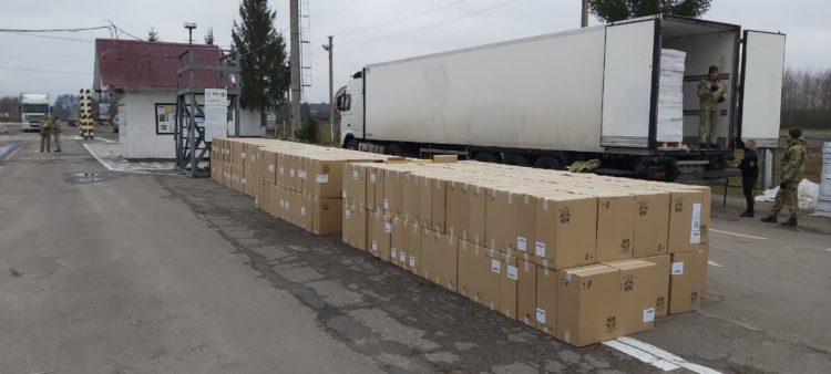 Суд оштрафував волинянина на 85 тисяч гривень за контрабанду 340 тисяч пачок сигарет